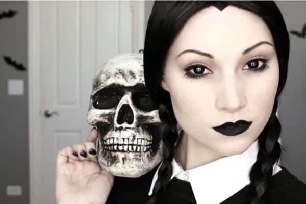 maquiagens de halloween wandinha addams